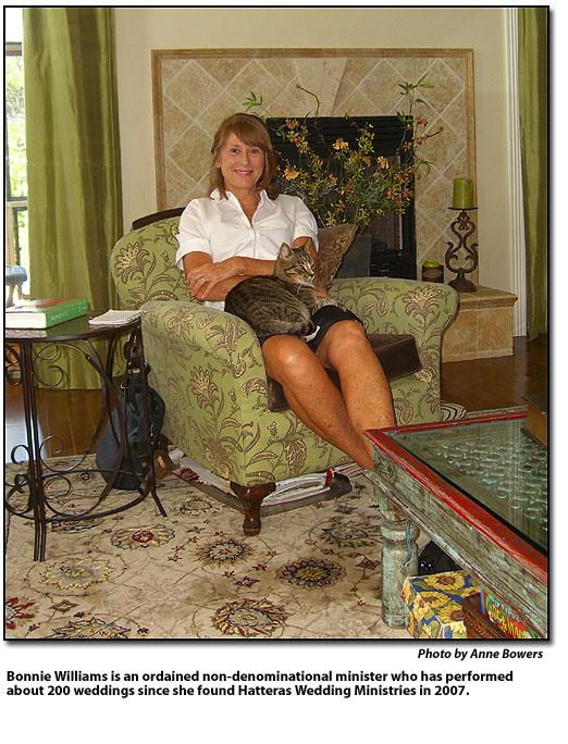 10.15.2010-TyingTheKnotForHatteras20bridalouplesIsALaborOfLoveForLocalMinister