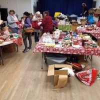 Islanders-search-for-treasures-at-Giving-Tree-event.